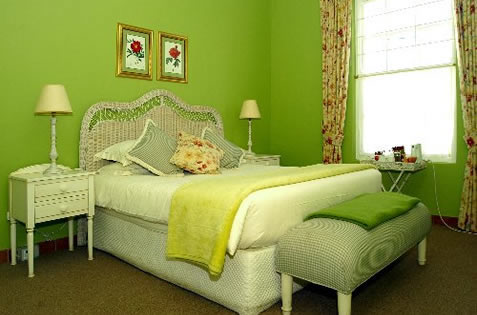 And of course, the room wasn't really green... that would look weird.