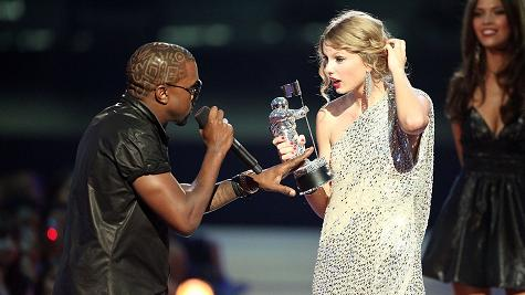 I'mma let you finish, but Beyonce deserved to play the bad girl part!  Bitch!