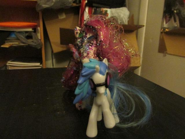 pony carol018